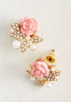 Graceful Taste Earrings