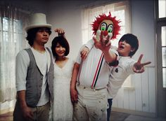 SEKAI NO OWARI  http://www.youtube.com/watch?v=YiPJkEZiIsQ