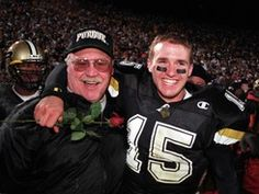 Drew Brees with Joe Tiller back when Purdue football was actually First Football Game, College Football Coaches, Football Girls, Football Program, Football Season, Understanding Football, Sports Baby, Purdue University, Football Conference