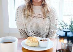 Scones, sweaters, & Sundays. 🌿 | Women's fashion #hunnistyle