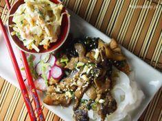 Sauteed pork neck and spinach with spicy garlic saucekarmelowy   karmelowy