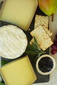 Well-Thought Hostess Gifts from Veranda Magazine: St. James Cheese Company French cheese box