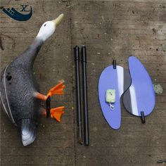 69.66$  Watch now - http://ailws.worlditems.win/all/product.php?id=32782338421 - Turkey Hunting Wholesale 6V Motor Duck Decoy Plastic White head Duck Hunting Decoy Duck With Spinning Wings From Xilei