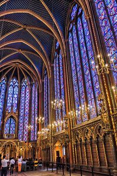 Architecture Romane, Church Architecture, Beautiful Architecture, Ancient Architecture, Sainte Chapelle Paris, Saint Chapelle, Paris Travel, France Travel, Monuments