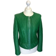 Pre-owned Quilted leather jacket in green (€319) ❤ liked on Polyvore featuring outerwear, jackets, green, green quilted jacket, quilted leather jackets, quilted jackets, short green jacket and zip jacket
