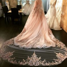 pretty wedding dress.