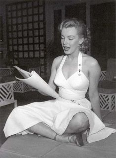 Oh marilyn monroe where are you;  True beauty is lost in this day & age!