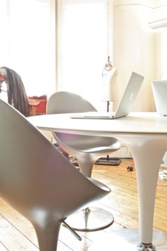 Bombo table & chairs by Magis (Magistretti)