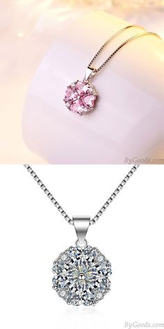 Collier en argent clavicule femmes élégante cadeau Saint Valentin amour coeur forme pendentif en cristal Collier #fashion #Necklace Summer Accessories, Jewelry Accessories, Fashion Accessories, Girls Necklaces, Fashion Necklace, Elegant, Diamond, Earrings, Crystal Pendant