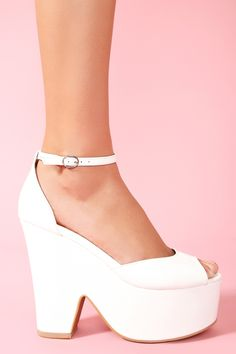 Brazen Platform in White .I had some vintage shoes that were made in brazil that looked a lot like this.I loved those shoes! Clogs Shoes, Sock Shoes, Shoe Boots, Shoes Too Big, Shoe Closet, Types Of Shoes, Beautiful Shoes, New Shoes, Girls Shoes