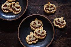 Mini Jack-o'-Lantern Pies