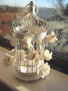 Bird Cage Wedding Centerpieces Wedding Bird Cages, Decorated Bird Cages - All Things Bride . Wedding Table Decorations, Wedding Centerpieces, Centrepieces, Small Bird Cage, Bird Cage Centerpiece, Outdoor Fairy Lights, Winter Wedding Colors, Lanterns Decor, Vintage Theme
