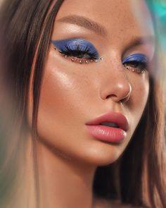 Glow air💙 ⠀⠀⠀ Inspo: ⠀⠀⠀ Used: ⠀⠀⠀ Sapphire obsessions Lash Scarlett Match Stix Amber, yacht… Makeup Goals, Makeup Inspo, Makeup Art, Makeup Inspiration, Makeup Tips, Beauty Makeup, Makeup Ideas, Fairy Makeup, Exotic Makeup