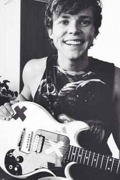 My newest obsession. Ashton Irwin from 5sos is literally bae! He's a christian and..wait...do I hear wedding bells?
