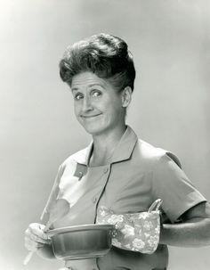 #rip - Ann B. Davis, Housekeeper Alice on 'The Brady Bunch,' Dies at 88 : NBC News - 6/1/14