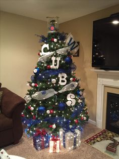 Chicago Cubs Christmas Tree