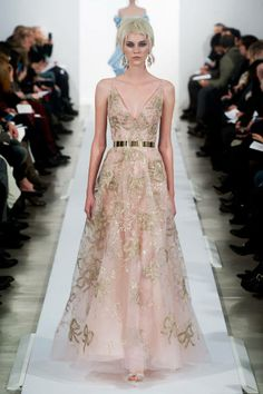 The most outrageously gorgeous gowns from NYFW 2014: Oscar de la Renta