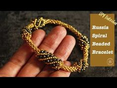 This jewelry DIY tutorial will teach you step-by-step how to make a beaded spiral bracelet using Russia spiral beading technique. Bead Jewellery, Beaded Jewelry, Beaded Bracelets, Beaded Bead, Beading Techniques, Beading Tutorials, Diy Jewelry To Sell, Jewelry Making, Jewelry Ideas