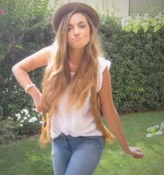 CutiePieMarzia! It's so rare to see Marzia Bisognin in jeans!!!
