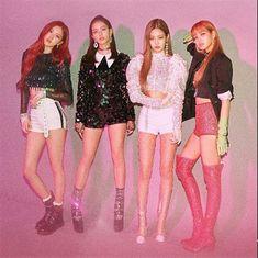 blackpink LISA kiss and make up concert outfit Blackpink Jisoo, Kim Jennie, Kpop Girl Groups, Kpop Girls, K Pop, Selena Gomez, Blackpink Square Up, Mode Kpop, Toddler Girls
