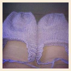 Luer strikket til tvilling