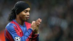 Universitario no pagará a Ronaldinho en posible Clásico ante Alianza Lima