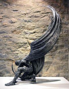 Cet artiste donne vie à d'élégantes créatures avec du simple fil de fer #sculpture #fer #ange