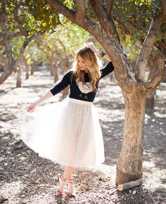 Love this lacy tulle skirt!! Fool for Tulle:: Vintage Fashion:: Retro Style:: TULLE and LACE!
