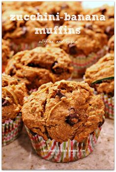 Healthy Girl's Kitchen: Back to School Muffins-Oil Free, Vegan, Banana-Zucchini Muffins.  sub 1/4 cup maple syrup for the sugar.