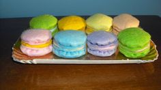 Felt French Macarons. Play Food. on Etsy, 11,00€