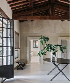 Amazing Tuscan Farmhouse Design Ideas Give Perfection Home Design 11 Sliding Door Design, Sliding Doors, Italian Farmhouse, Rustic Italian, Deco Nature, Tadelakt, Mediterranean Home Decor, Mediterranean Architecture, Tuscan House