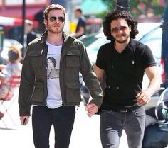 Richard Madden and Kit Harington. These two are so stupid looking and I love them for it. #bromance #brotp #holdinghands