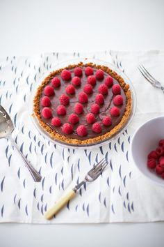 raspberry topped vegan chocolate pie recipe  - coco cake land
