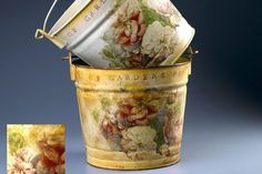 DIY Decoupage planters Of Garden Past Pails, Can hardly wait to try these out. Dollhouse Miniature Tutorials, Miniature Dolls, Dollhouse Miniatures, Spray Paint Projects, Craft Projects, Krylon Spray Paint, Pots, Fun Crafts, Crafty