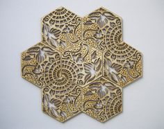Sets of coasters of GAUDÍ TILE in the Passeig de Gràcia in Barcelona. Poplar wood. 9.5 x 8.2 cm (3.74 x 3.23 in)