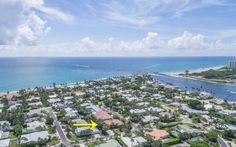 Just listed in Jupiter Inlet Colony by agentTom DiSarno:http://goldenbear.link/224-Shelter-LaneThis custom 3 bedroom / 2.5 bath home boasts 12-foot ceilings with crown moulding, remodeled kitchen with stainless appliances, and more!