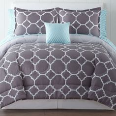 """<p>Bring two fresh looks to your bedroom with this complete bedding set featuring a comforter with a unique geometric print on one side and a diamond print on the other.</p><div style=""""page-break-after: always"""
