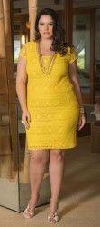 LOJA VIRTUAL PLUS SIZE www.tamanhosespeciais.com.br Vestido em Renda Amarelo Révellion 50 52 54 56 Plus Size