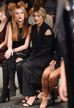 Kylie Jenner dons oversize trouser suit for Vera Wang show in New York #dailymail