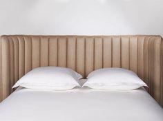 Tête de lit Boudoir - Habitat thinks: pool noodles, fabric. Boudoir, Sofas, Deco Design, Elle Decor, Home Bedroom, Bedrooms, Habitats, Modern Furniture, Bed Pillows