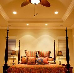 More recessed lighting - ideas for the bedroom. Crown molding on the ledge
