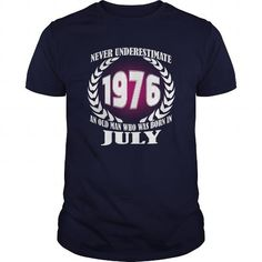 Cool 07 July 1976 Shirts Year never underestimate an old men Shirts Birthday Tshirts Guys tees ladies tees Hoodie youth Sweat Vneck Shirt for Men and Family T shirts
