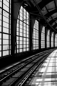 Cityscapes... Berlin - train station. find your inspiration visiting www.i-mesh.eu and click I-LIKE on FACEBOOK: https://www.facebook.com/pages/I-MESH/633220033370693