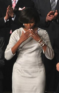 The First Lady Of The United States Michelle Obama Michelle Obama Flotus, Michelle Obama Fashion, Barack And Michelle, Joe Biden, Durham, Barack Obama Family, Obamas Family, Presidente Obama, Malia And Sasha