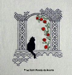 Blackwork with cat - Salvabrani Motifs Blackwork, Blackwork Cross Stitch, Cross Stitch Owl, Cat Cross Stitches, Blackwork Embroidery, Cross Stitch Boards, Cross Stitch Animals, Cross Stitch Designs, Cross Stitching