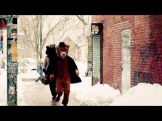 """Kingsley Flood - """"I don't wanna go home"""" - bears in Central Square!"""