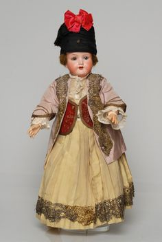 Queen Olga Doll Collection: Sifnos Island, Cyclades Mykonos, Santorini, Paros, Dance Costumes, Greek Costumes, Folk Costume, Traditional Dresses, Culture, Embroidery