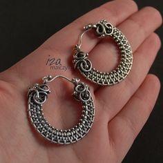 Iza Malczyk Gallery of artisan silver jewellery. Wire Jewelry Earrings, Wire Wrapped Earrings, Jewelry Making Beads, Metal Jewelry, Earrings Handmade, Jewelery, Silver Jewelry, Wire Jewellery, Wire Jewelry Designs