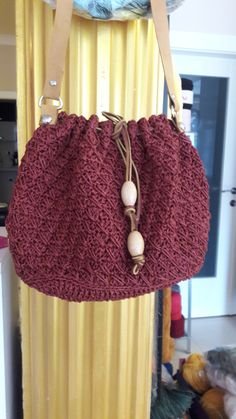 Kağıt ip kullandim. Straw Bag, Crochet Hats, Bags, Fashion, Knitting Hats, Purses, Fashion Styles, Totes, Lv Bags