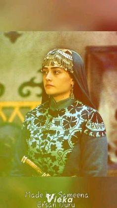 Historical Tv Series, New Whatsapp Video Download, Beautiful Women Videos, Turkish Wedding, Best Profile Pictures, Hayat And Murat, Esra Bilgic, Punjabi Couple, Cute Attitude Quotes